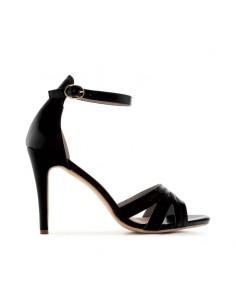 Sandalo nero con tacco alto