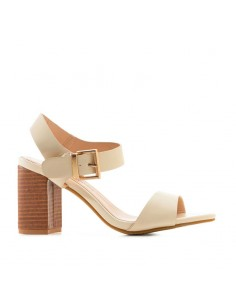 Sandalo crema tacco largo
